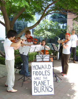 Fiddling in Bennelong while the planet burns